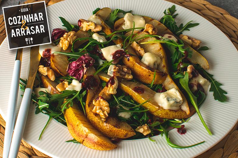 Cozinhar & Arrasar - Salada Verde com Pera, Nozes e Gorgonzola