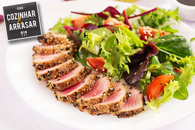 Cozinhar & Arrasar - Atum com crosta de Quinoa