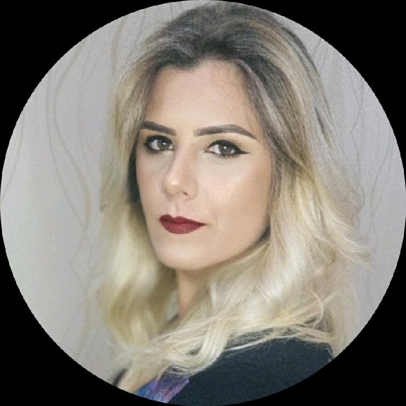 Caroline Lavecchia