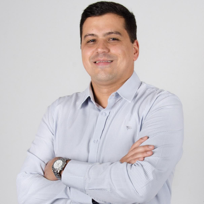 Prof. Dr Guilherme Medeiros de Alvarenga