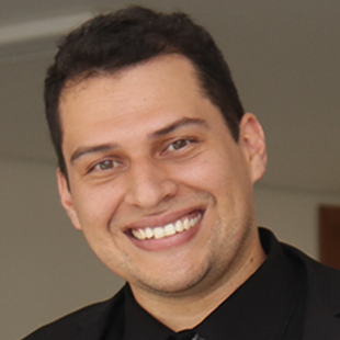 Prof. Cesar Souza