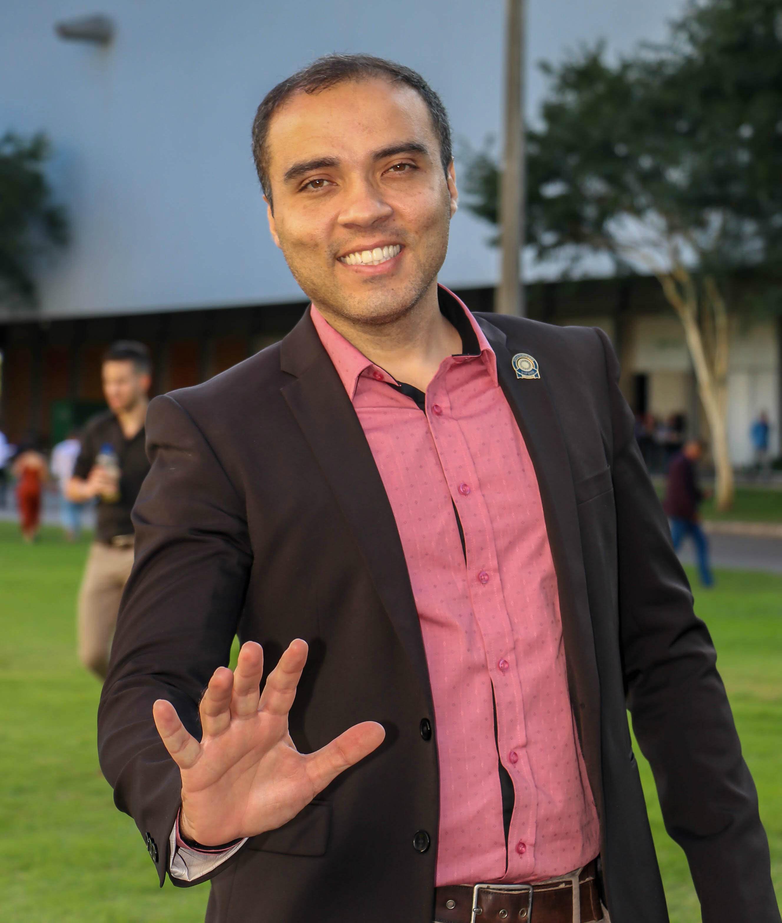 Rodrigo Valenitm