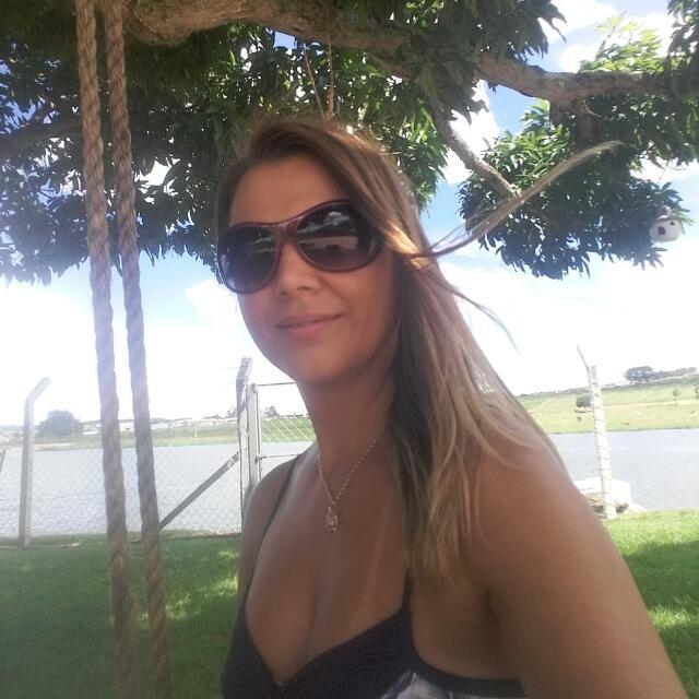 Fernanda Leonel da Silva